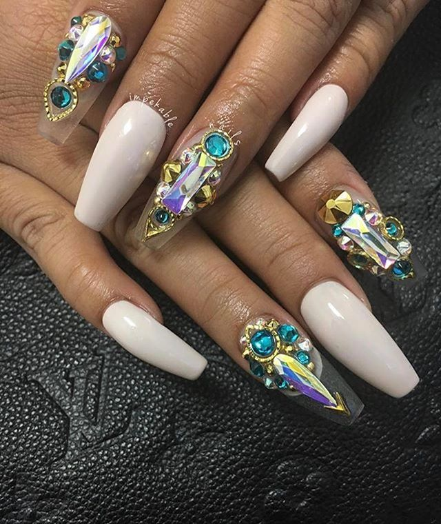Swarovski crystals and thick frames available on Oceannailsupply.com . . . From @impekablenails ・・・ An Impekable Lifestyle ✨ #ImpekableNails #SeattleNails #CustomNails #SculptedNails #Royalty #ImpekableLifestyle #Love #Art #Swarovski#oceannailsupply