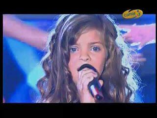 Little star Artists: Caroline Costa