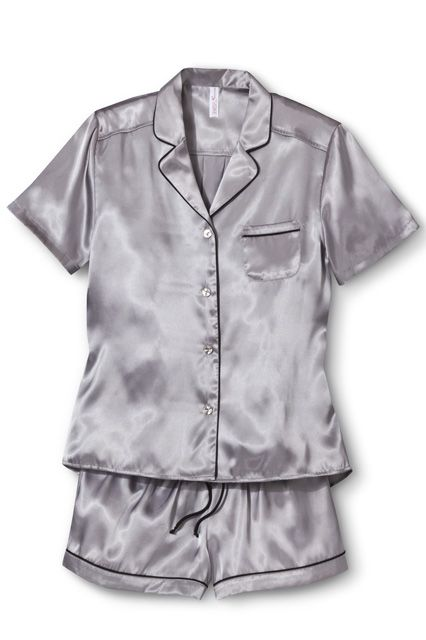 17 Pajamas Sets To Make That Extra Hour Of Sleep Even Better #refinery29  http://www.refinery29.com/pajamas-sets#slide11
