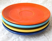 I also love Fiesta Ware!  Sadly, I like the vintage ones the best, and they have lead in the glaze.