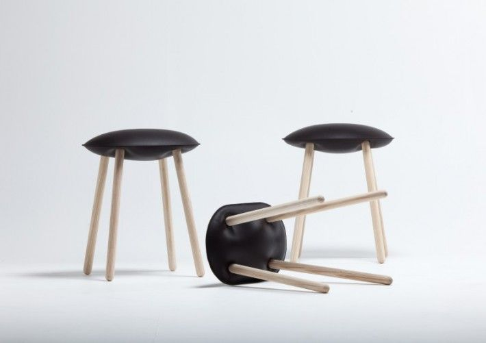 Sgabello Bloated Stool in pelle. Covo.