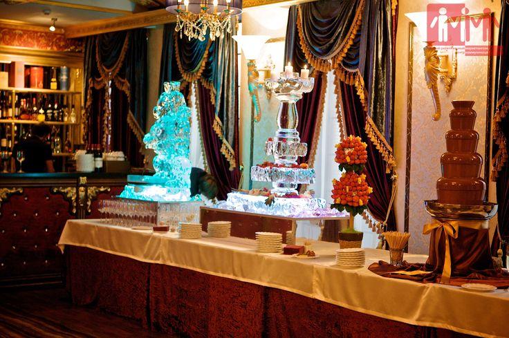 Ледяные фигуры, шоколадный фонтан и фруктовый топиарий. Закрытая вечеринка. #urcmk #event #вечеринка #юрцмк