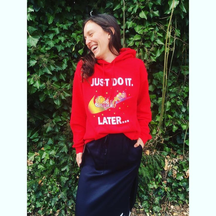 🌈 #justdoit #later #reginaregenbogen #regenbogen #girl #style #fashion #ootd #nike #rainbow #colours #hoodie #smile #laugh #rainbowbrite #stylightalogo