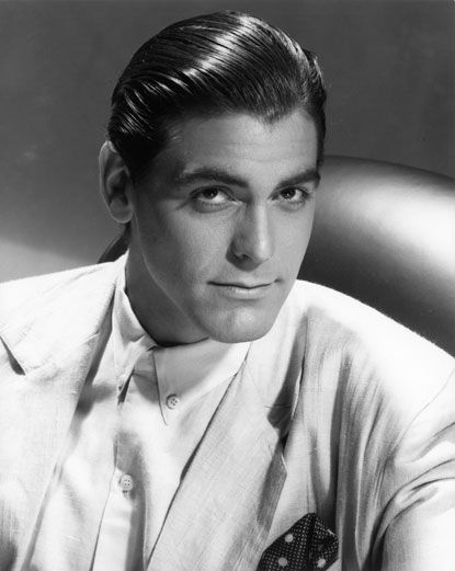 George Clooney was 28 years old when he pose for this photo.