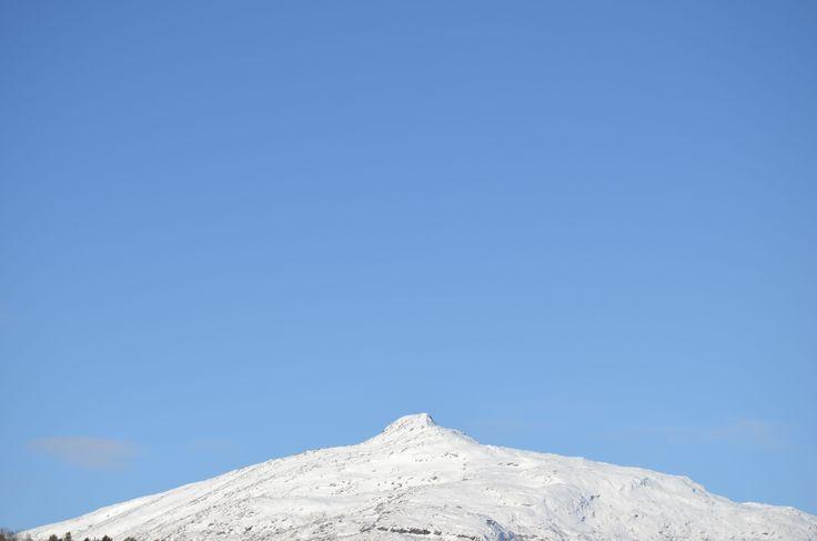 Mountain Steigtinden. Backcountry skiing