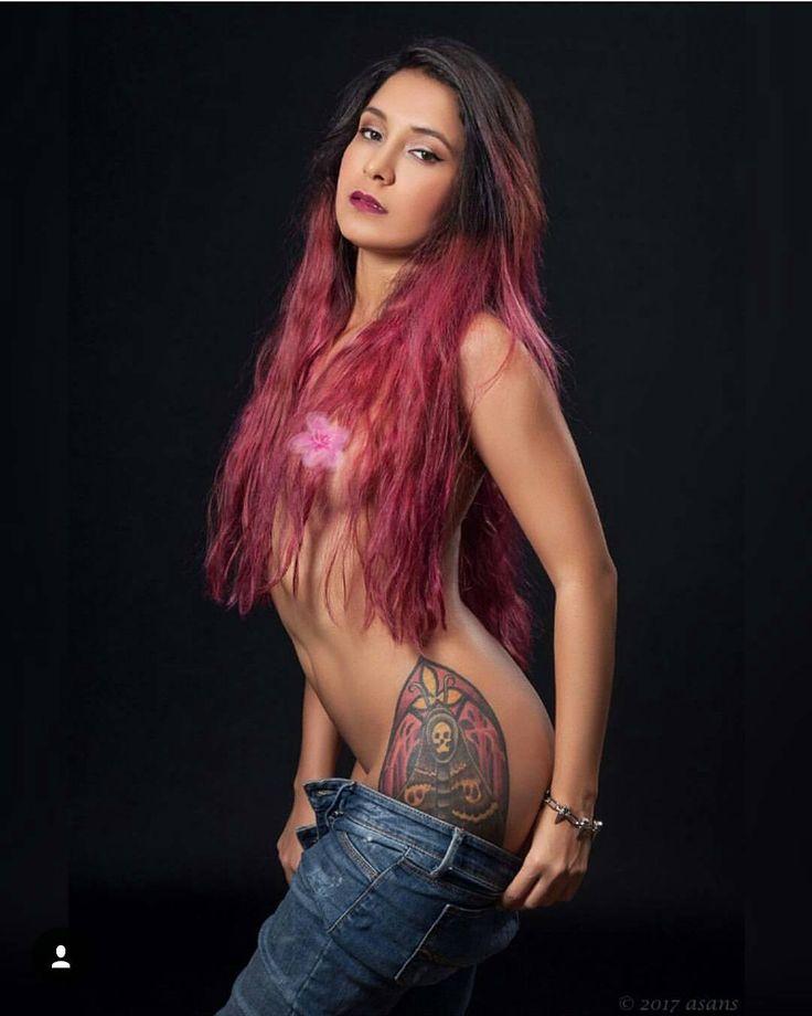 Go Follow my 2nd #wcw my wonderful friend @dyogenesswallowed!! #sg #suicidegirls #suicidegirlsinspain #sgspain #tattoedgirl #tattolady #inkedgirls #inked #girlswithtattoos http://www.butimag.com/suicidegirlsinspain/post/1481168559853738701_1972182926/?code=BSOKvUmjxrN