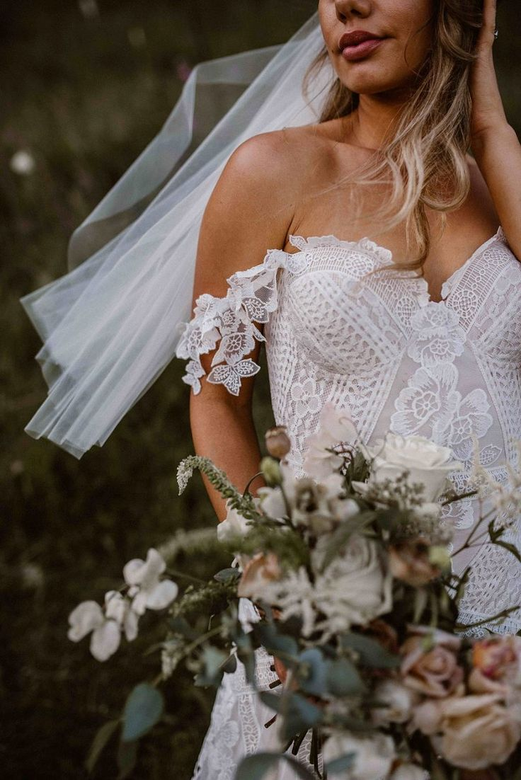 Rue De Seine Fox Gown // A Romantic & Seriously WOW Waikato Barn Wedding by Kelly Oliver Photography