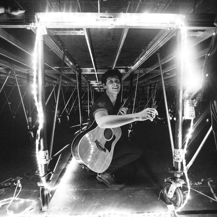 1m Likes, 9,908 Comments - Shawn Mendes (@shawnmendes) on Instagram