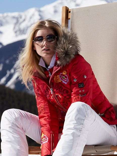 17+ ideas about Ski Outfits on Pinterest | Ski clothes Ski fashion and Snow style