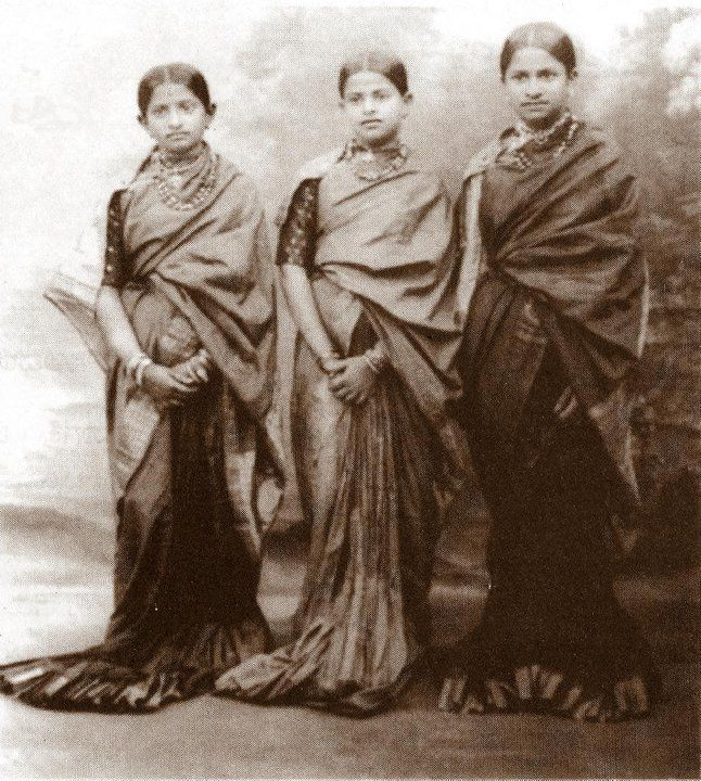 Mysore Sari - Sari - the long pleats are a trademark