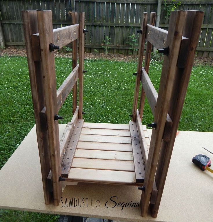 Diy Rustic Wood End Table: 17 Best Ideas About Diy End Tables On Pinterest