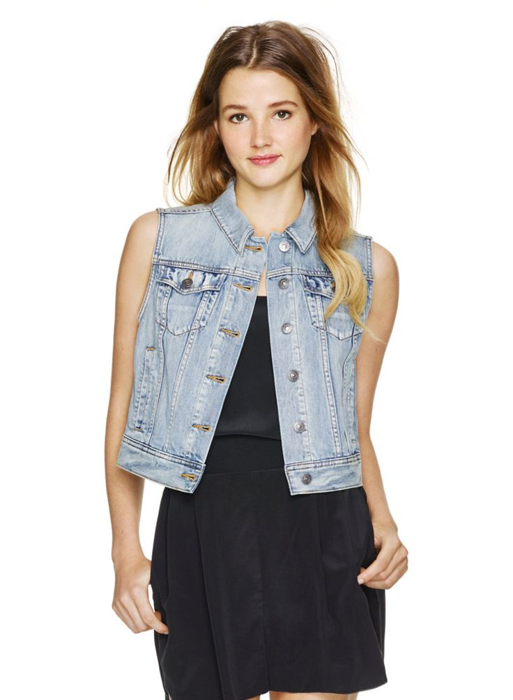 A shrunken denim vest is the perfect way to accessorize any boring outfit! #aritziacleanslate