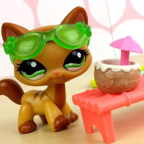 LPShannah littlest pet shop cat
