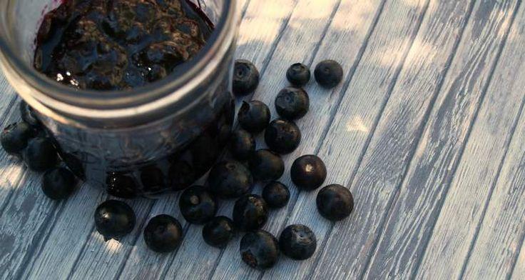 Blauwe bessen jam zonder suiker