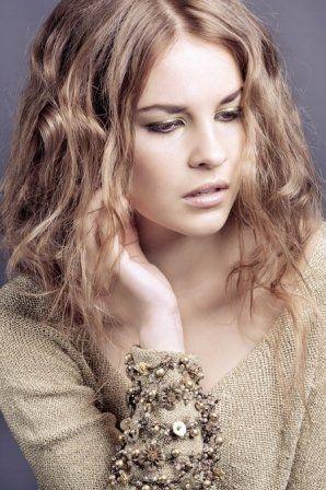 1000+ ideas about Coupe Cheveux Ondulés on Pinterest | Airy hair ...