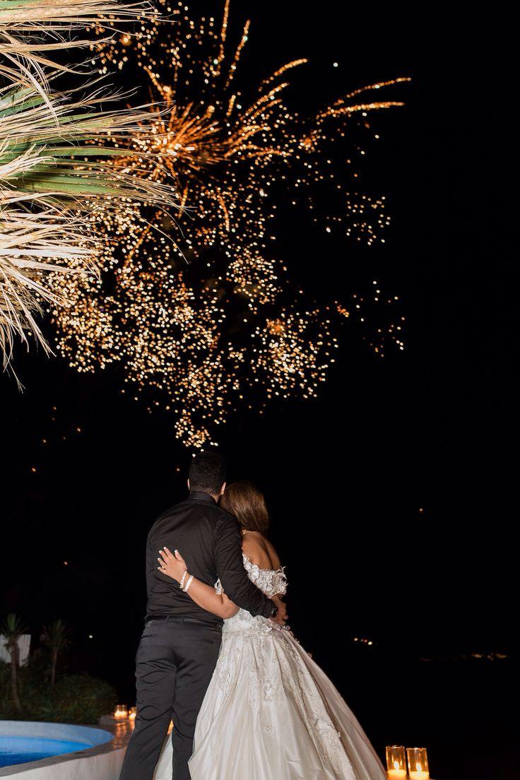 Fireworks, caldera cliff Santorini, amazing view, love, just married, planner the diamond rock