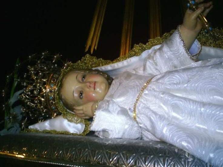 Aquella bienaventurada Niña, predestinada por los decretos eternos para ser Madre del Verbo Encarnado.