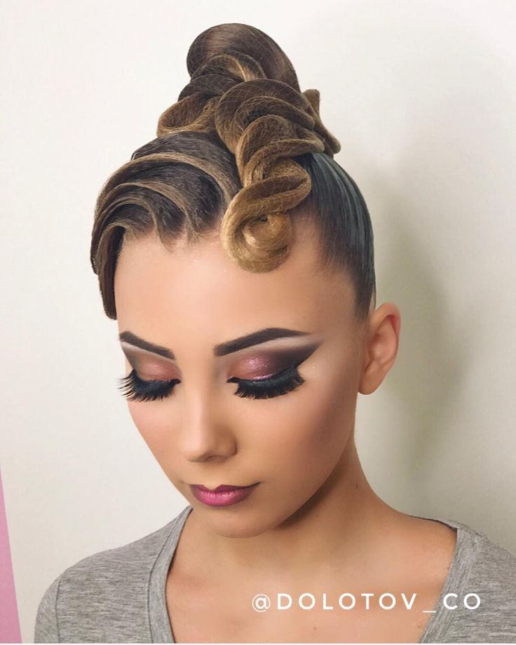 styling hair for 135 likes 2 comments прически макияж hair make up 7390