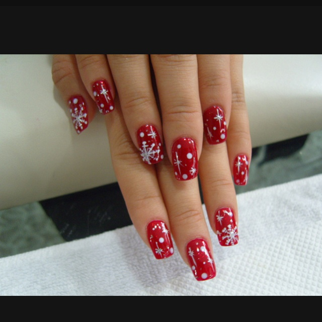 Christmas nails with snowflakes and  flares