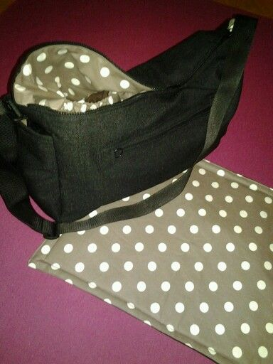 Baby diaper bag with a changing pad. DIY sewing