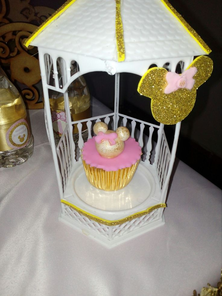 Porta cupcakes y cupcakes minnie.mouse gold MARIAPAZ BY BEVERLY SUDI.