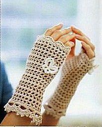 Uncinetto d'oro: guanti senza dita scaldamani. E il sito è pieno di idee e schemi