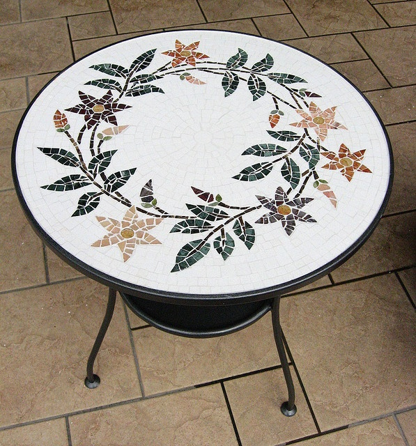 Tavolino by Virginia Zanotti, via Flickr
