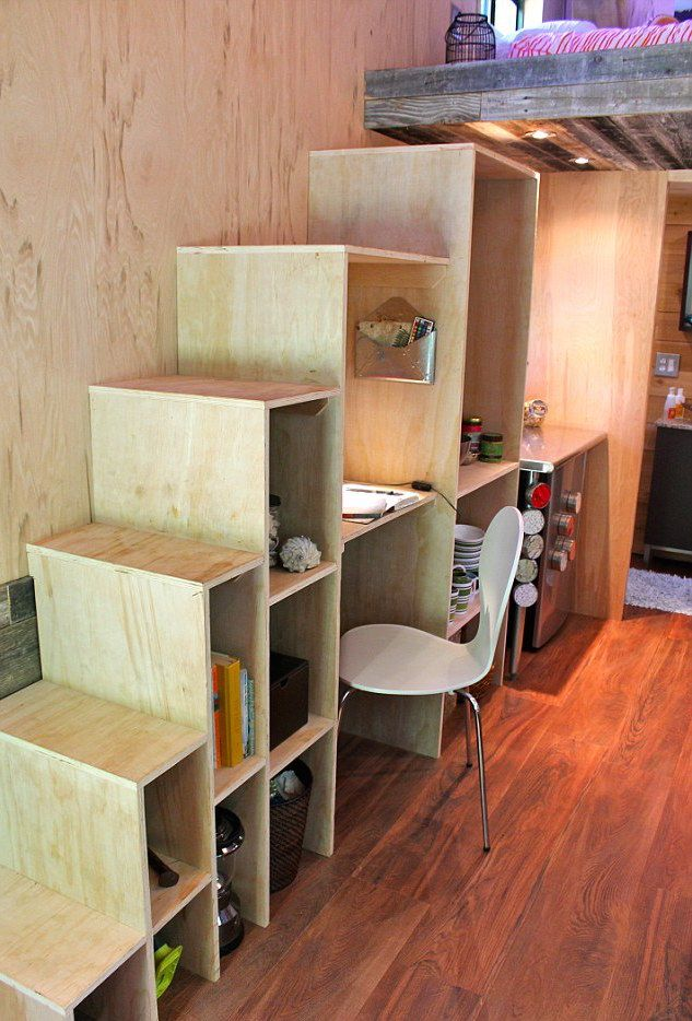 College Student Builds Tiny House to Graduate Debt-Free - My Modern Met