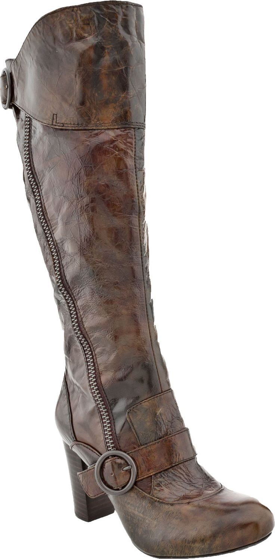 Born Crown Iselle Women's Boot (Tan)