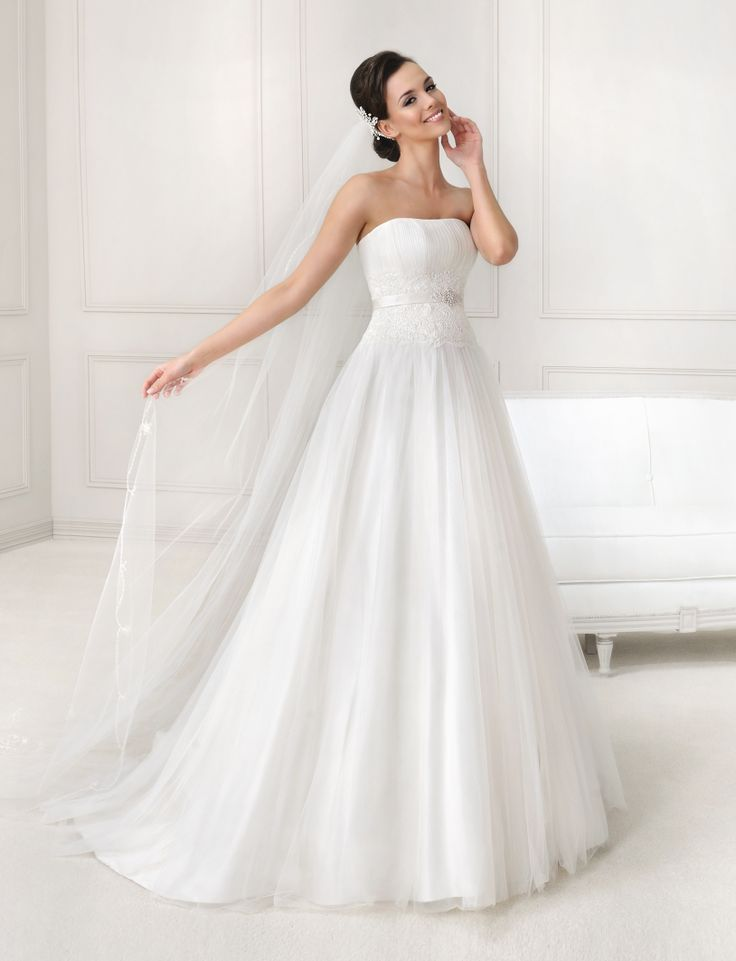 9 besten New! Wedding dresses with flair Bilder auf Pinterest ...