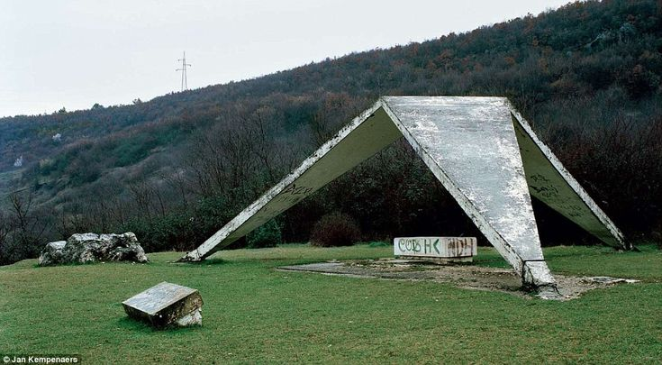 Left to decay, the memorial at Sinj in Croatia