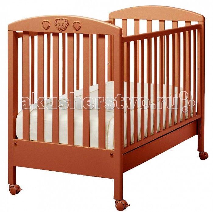Детская кроватка Erbesi Abbraccio  Детская кроватка Erbesi Abbraccio - это классический романтичный вариант, который хорошо впишется в спокойный интерьер пастельных тонов. Это маленькое уютное гнездышко для настоящих принцев и принцесс. Abbraccio - переводится как объятие, в которое ласково заключит малыша эта кровать.   Для удобства перемещения по комнате предусмотрены четыре поворотных колеса с блокирующим тормозом. Двухуровневое ложе поможет использовать кровать долгое время, подстраивая…