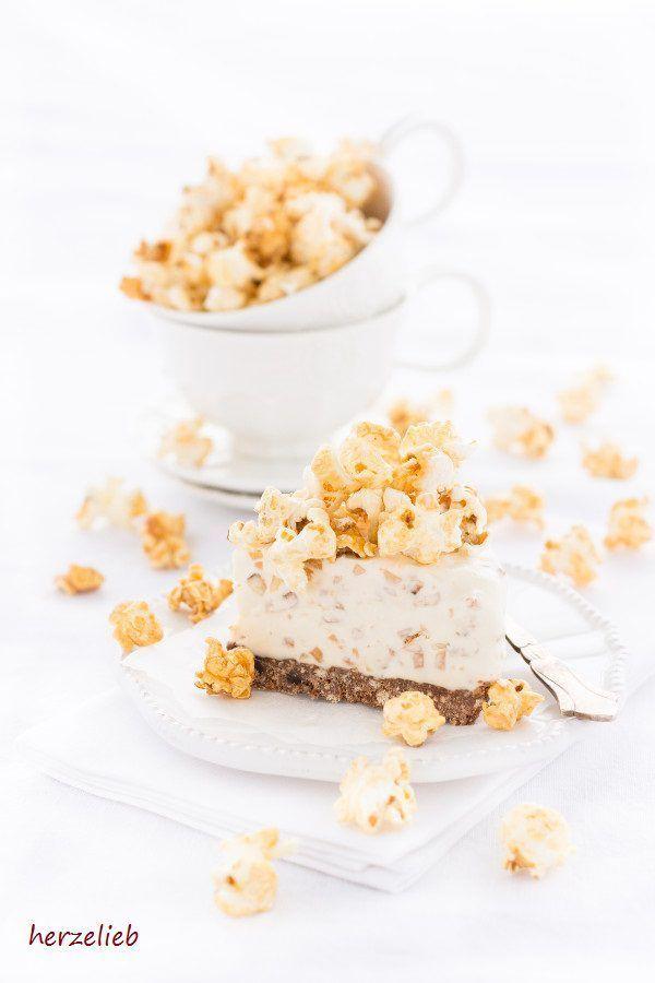 Caramel Eistorte Mit Popcorn U0026 Gerösteten Mandeln. Valentinstag RezepteZum  ValentinstagDessert ...