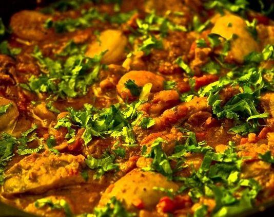 Surinaams eten!: Marokkaanse stoofschotel van lamsvlees, zuidvruchten en kikkererwten