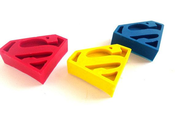 12 Superman Shaped Crayons Superman vs Batman by ScarletChickadee | Perfect for Favor Bags