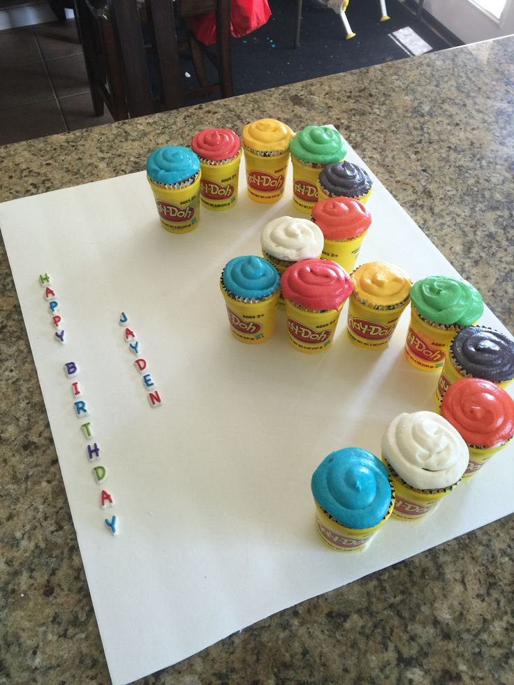 Play-doh party decorations/ideas