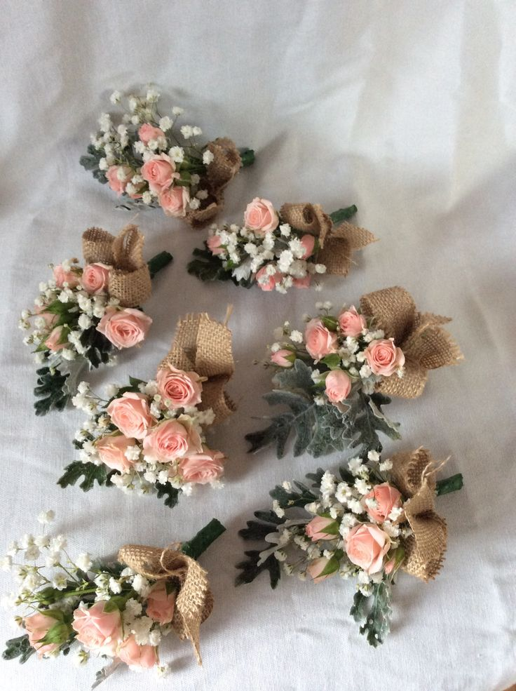 Peach spray roses and hessian corsages