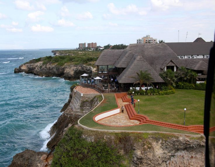 Nestled between the sea and the sky, Sea Cliff Hotel rests magnificently above the Indian Ocean. Our hotel is an oasis just 5km from Dar es Salaam's vibrant city centre and nearby all that the city has to offer. #beautiful #hotel #nature #holiday #tanzania  http://thebeachfrontclub.com/beach-hotel/africa/united-republic-of-tanzania/dar-es-salaam/msasani-bay/hotel-sea-cliff/