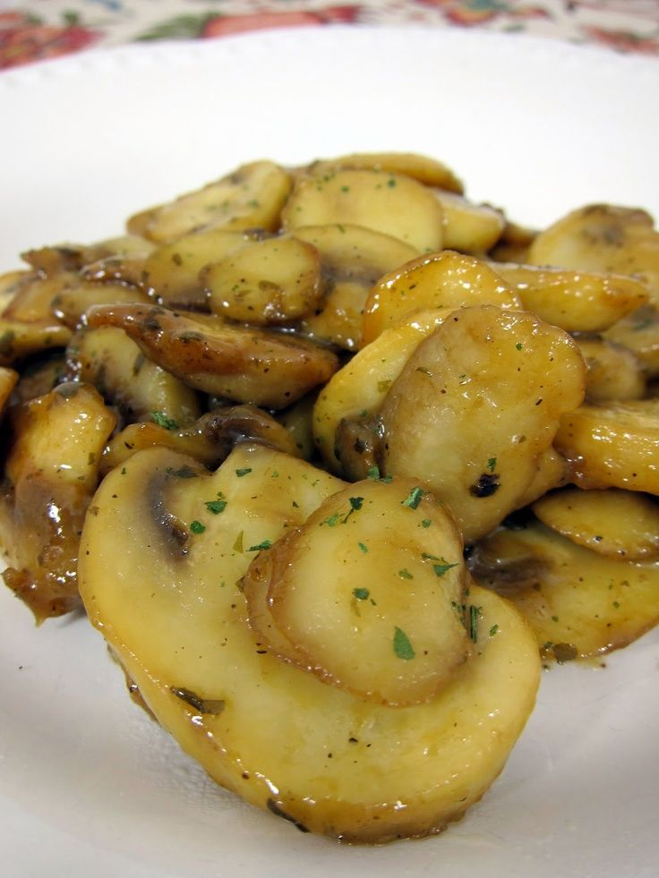 mushroom recipe accompaniment Theres more at greekfood-recipes …   – Goodies :)