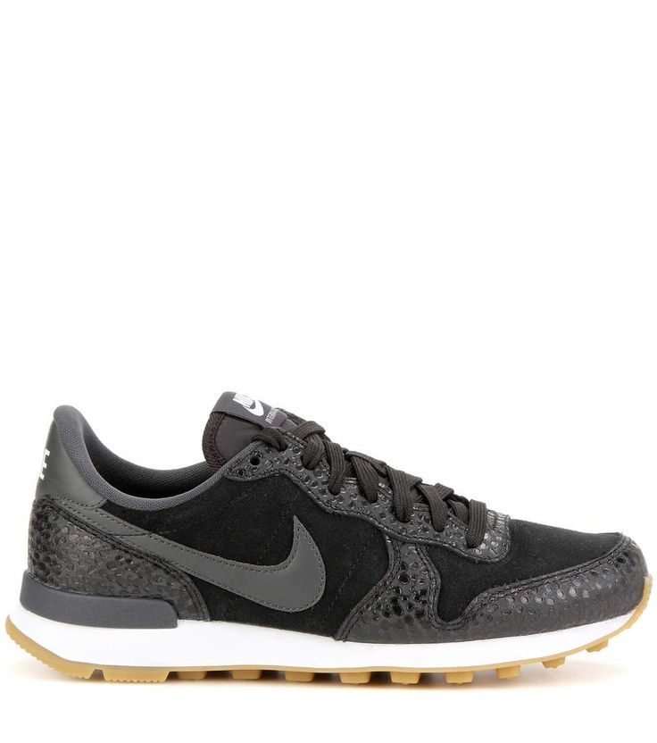 896afb5c026e ... uk nike internationalist black sneakers weekend style dots black  running shoes stitches 7086b 15ea3