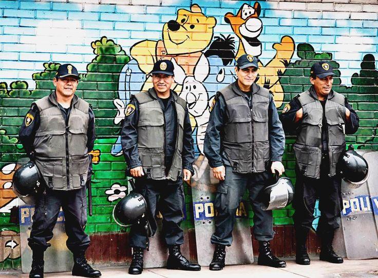 ^o^ Sonríe sin parar con gifs zombies, imagenes graciosas con doble sentido, ice t gifs, gifs animados salud y chistes de jaimito y pepito groseros cortos. ➢ http://www.diverint.com/humor-x-grafico-i-love-spain/