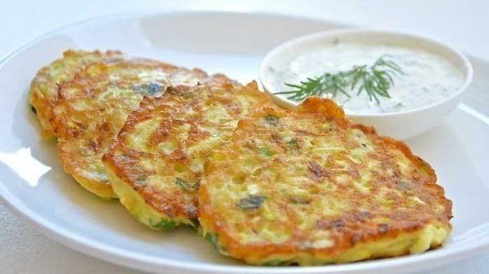 Диетические оладьи с кабачками и творогом. Превосходный, полезный и очень вкусный завтрак для всей семьи!