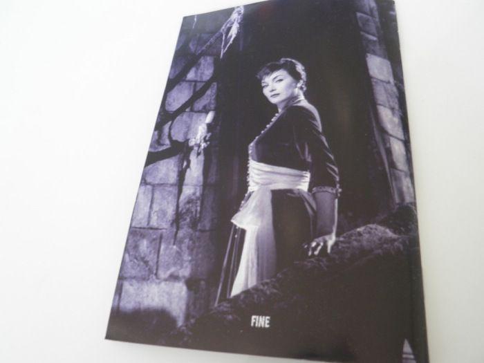 Contraportada del libreto del DVD de Los vampiros
