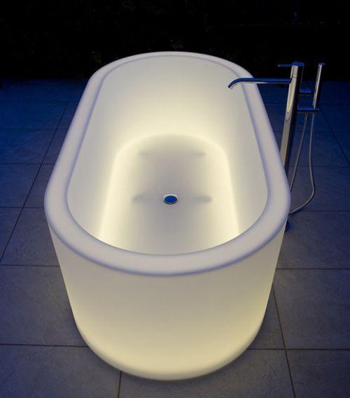 Illuminated Bathtubs by Antonio Lupi - OIO