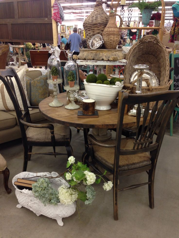 July 2014 - round table and antique chairs - 172 Best Southern Shed Images On Pinterest Southern, Antique