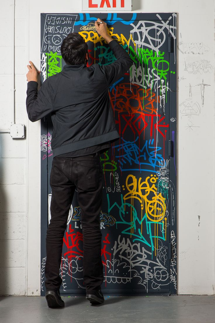 Graffiti art diy - It Saliving Com At The Krink Campus Diy Decorationstudio Artuniverseart Ideassoupsmexicansgraffitialphabetinterview