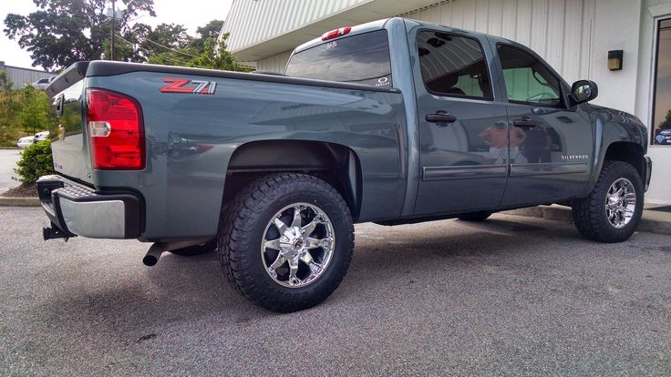 2008 Chevy Silverado Lifted >> 2008 CHEVY 1500 ROUGH COUNTRY 3.5 INCH LIFT KIT, FUEL ...