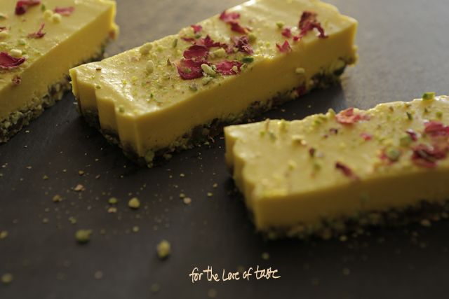 Mango Mousse Sunshine cake - VGN & sugar free