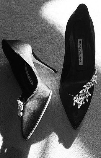 manolo blahnik black high heels