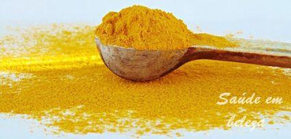 Açafrão têm um forte poder antioxidante, têm propriedades anti cancerígenas, combate a dor e o envelhecimento precoce, entre muitos outros benefícios que pode ver aqui: http://saudembeleza.blogspot.pt/2015/12/os-beneficios-do-acafrao-da-india.html Os benefícios do açafrão da Índia